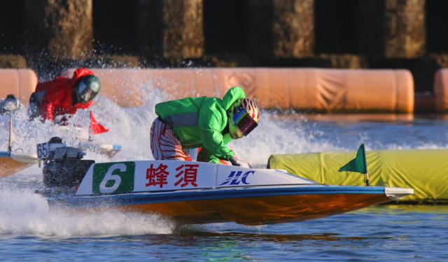 宮島競艇予想のコツ・特徴・ポイントでみたアウトコースの勝率が高い理由について